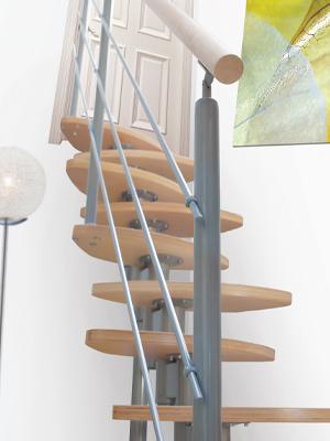 cumpără Scară modulară dreaptă cu balustradă şi paşi decalaţi, pentru spatii reduse.