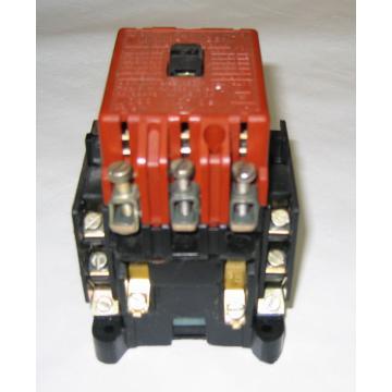 cumpără Contactori electrici tip AR 40A, AR 63A, AR 100A, AR 160A