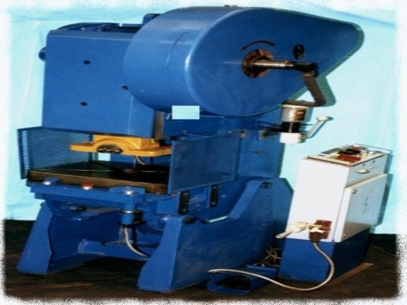 cumpără Piese de schimb pentru piese cu excentric cu cuplaj mecanic si pneumatic de la 6,3 la 40 tf.
