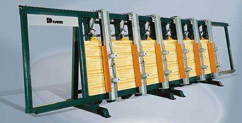Presa de incleiere bloc Typ TPK 6000/200