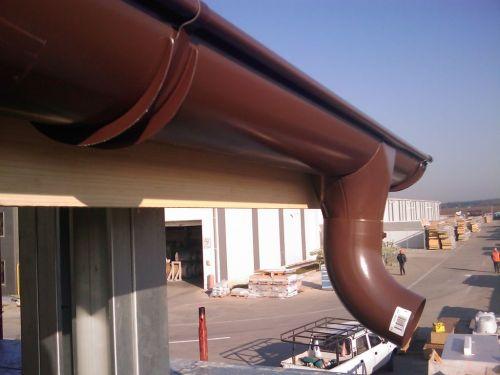 cumpără Sistemul metalic de evacuare a apelor pluviale