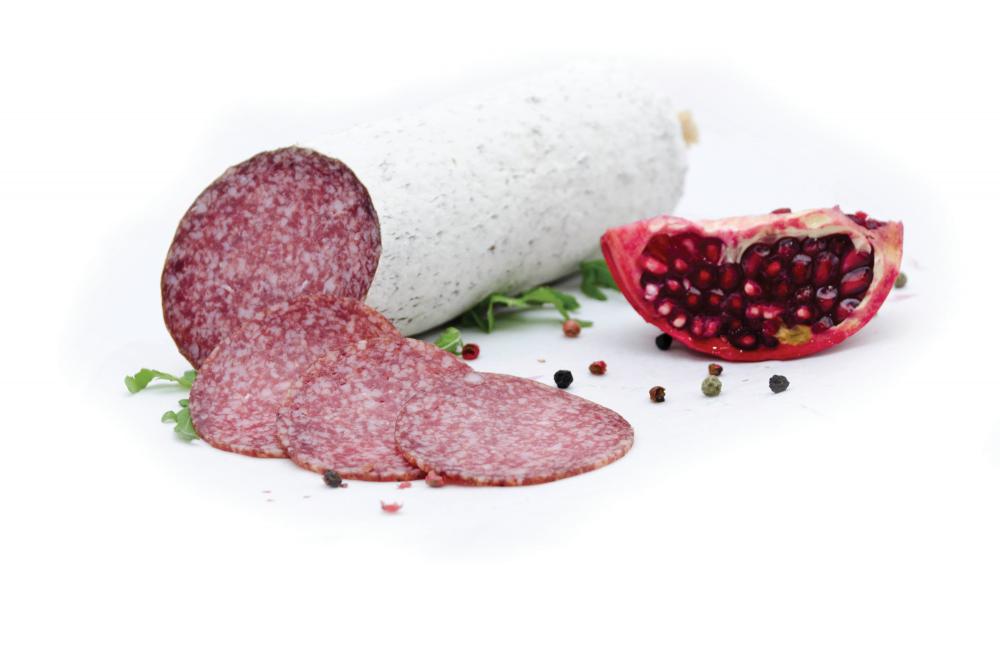 Румынский мясопереработчик потратил 5 миллионов евро на производство салями
