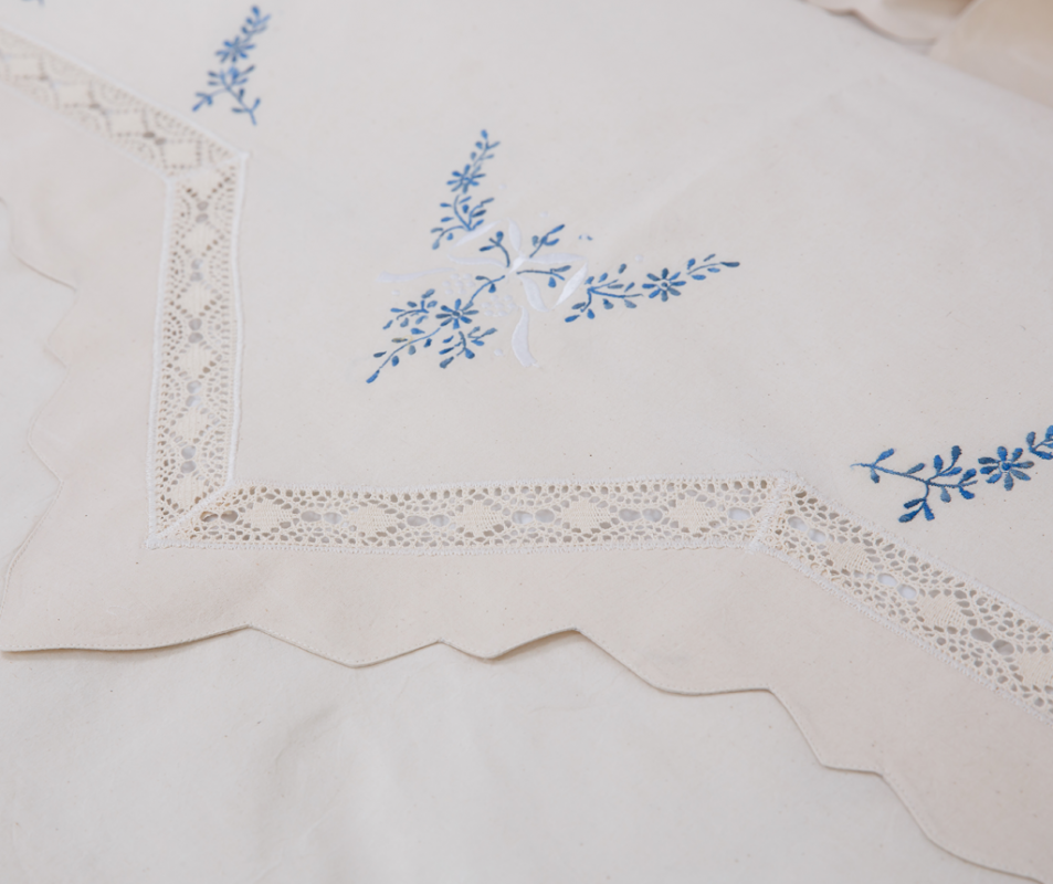 cumpără Lenjerie de pat din bumbac 100%, model cu flori albastre, 240x240 cm - LNJ-80