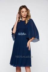Rochie StarShinerS albastra-inchis de ocazie din voal plisata accesorizata cu cordon brodata