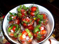 Tomate conservate