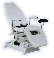 Gynaecological arm-chair