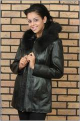 Jacheta din piele cu gluga