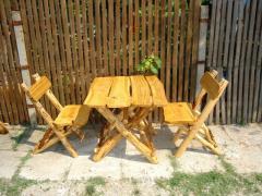 Mobilier de gradina din lemn