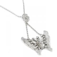 Colier din argint cu medalion fluture