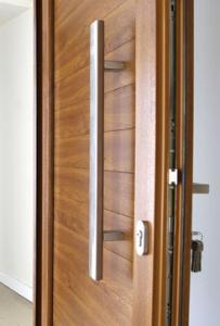 Uşi Barrier din profile REHAU Brillant-Design