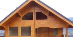 Case din lemn masiv