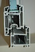 Uşi din PVC cu geam termopan