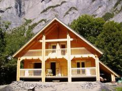 Casuta din lemn - Pensiunea Franta