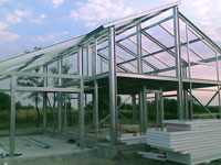 Case structura metalica