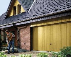 Usa de garaj dubla cu pazie ornamentala