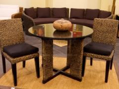 Set fotoliu, masa si scaune din zambila de apa