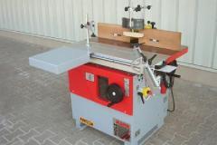 Masina de frezat cu ax inclinabil FSN 300 A