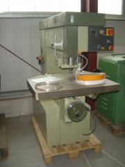SCM Masina de frezat cu ax superior R9