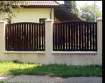 Gard din lemn.