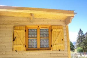 Obloane pentru ferestre din lemn