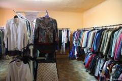 Îmbrăcăminte second-hand