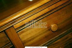 Mobilier in lemn masiv