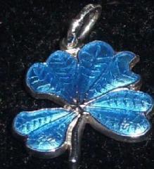 Amuleta trifoi argintiu