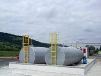 Tanks bitumen with removable coil