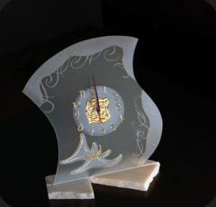 Ceas din sticla decorativa