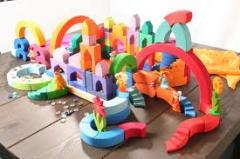 Jucării plastice pentru copii
