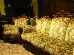 Canapele antice