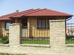 Case din lemn masiv-grinzi
