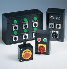 Boxes with safety and disconnecting switches