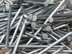 Assembling nails