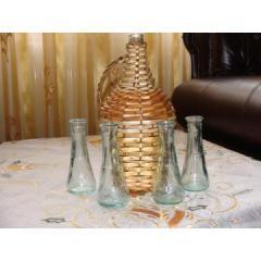 Damingeana din sticla si ceramica