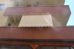 Copertina verticala pentru balcon
