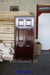 Usi interioare din lemn masiv de brad