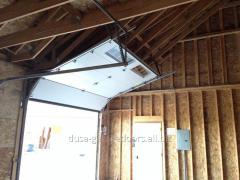 Usa industriala - cu pliere dupa tavan