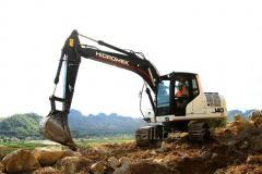 Excavator pe senile HMK 140 LC