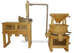 Mills for superfine grinding