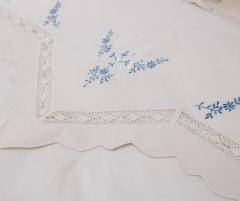 Lenjerie de pat din bumbac 100%, model cu flori albastre, 240x240 cm - LNJ-80