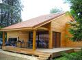 Case din lemn de familie