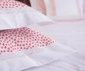 Lenjerie de pat alba din bumbac 100%, model cu inimi rosii - LNJ-18