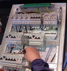 Comanda Montare de instalatii electrice