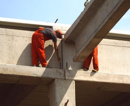 Comanda Constructii hale din beton