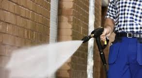 Comanda Curăţarea suprafeţelor sub presiune înaltă