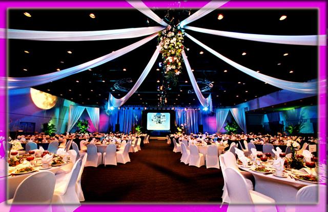 Comanda Hostess, promoteri, modele, organizare evenimente