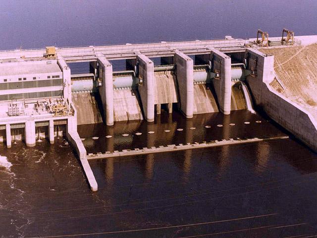 Comanda Proiectare de echipamente pentru constructii hidromecanice