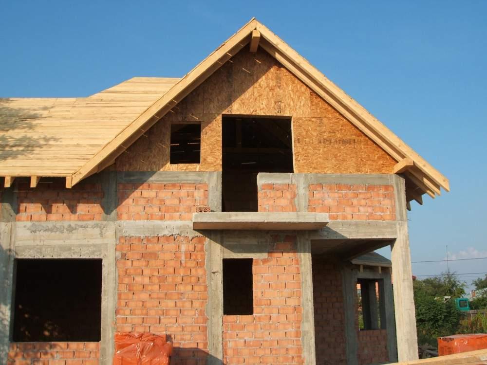 Comanda Construcţia de case structura beton si caramida