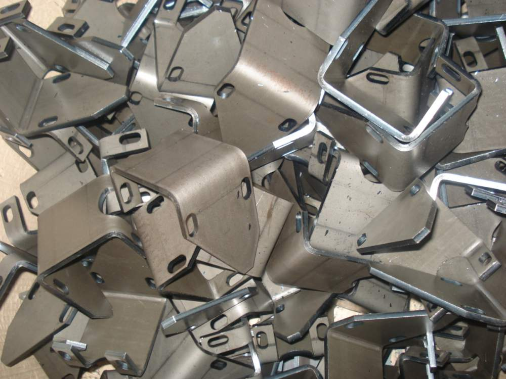 Comanda Taiere de precizie contururi complexe din tabla de otel Inox cu grosime max. 8 mm